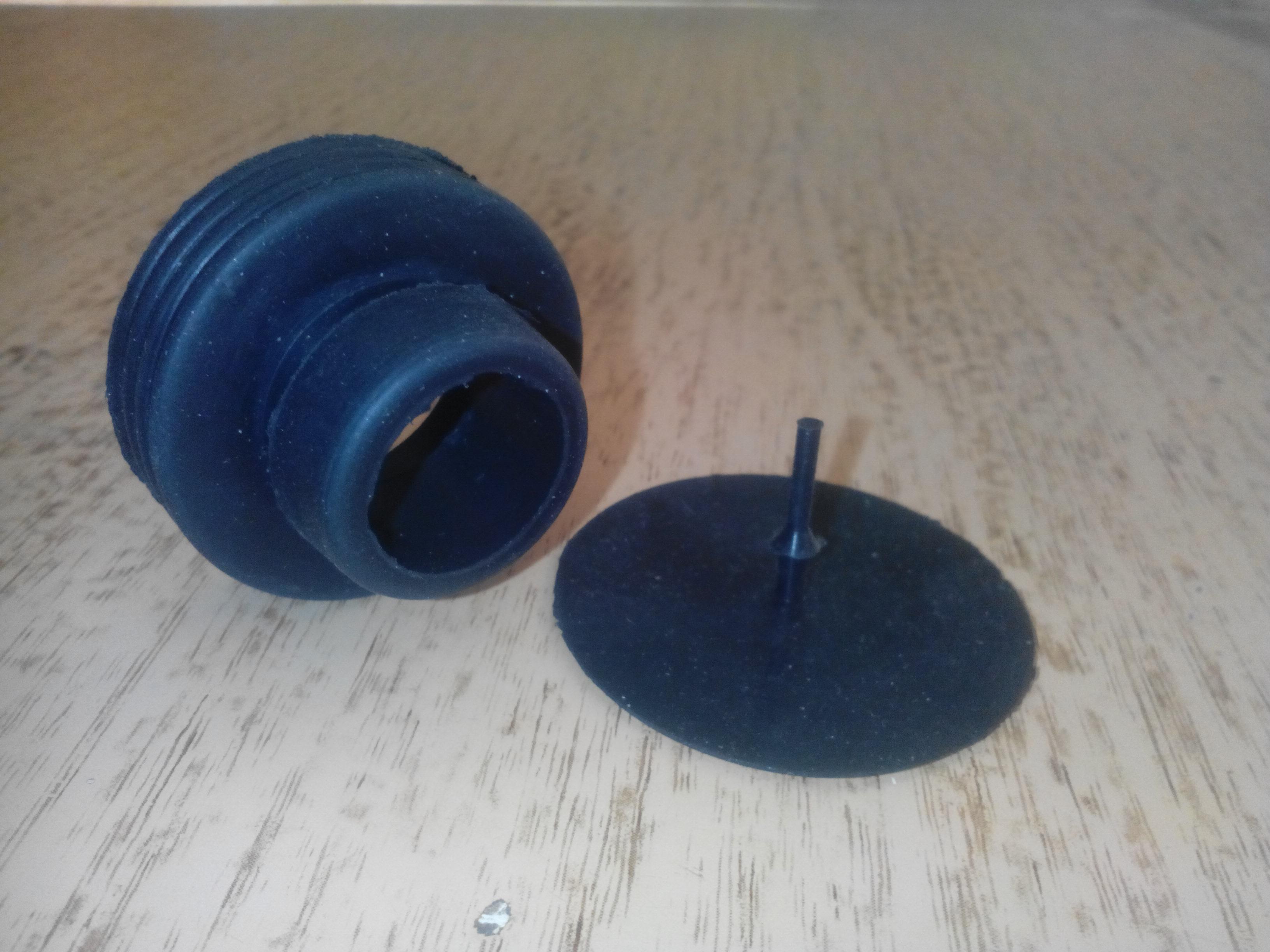 Как сделать чтобы не спускали клапана на резиновой лодке